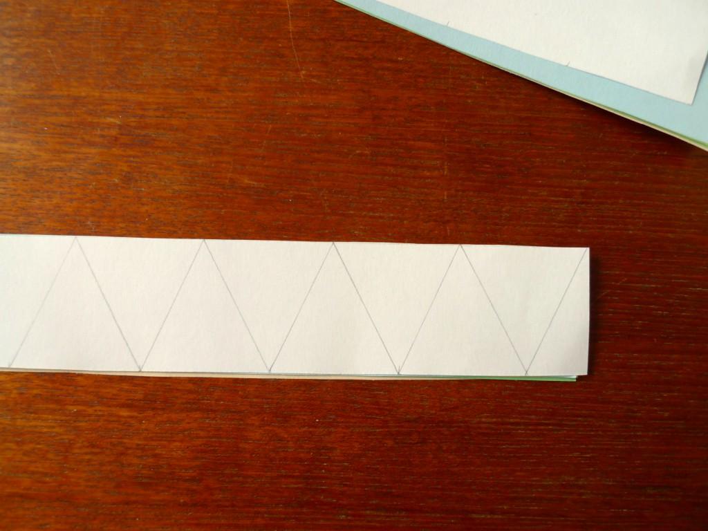 girlande-papier-dreieck-anleitung2-paperdesc