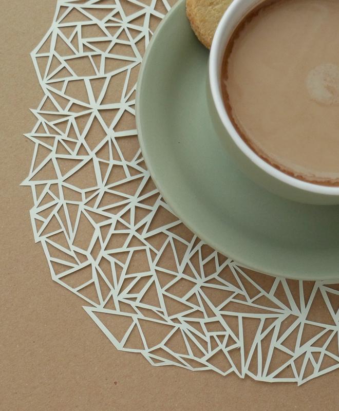 geometrisches-papierdeckchen-paperdesc-17